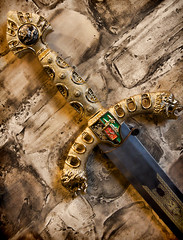 The King's Blade (giantmike) Tags: wall handle medieval weapon sword blade jewels epicsystemscorporation canonefs1585mmf3556isusm