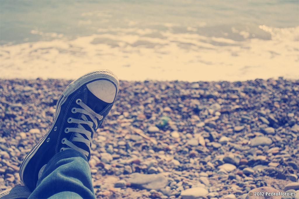 converse y playa