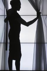 Lady in window in Stockholm, Sweden 16/6 2010. (photoola) Tags: lady frankreich sweden stockholm schweden sverige suécia estocolmo stoccolma suecia フランス kulturhuset frankrike suède tukholma スウェーデン svezia sztokholm szwecja ruotsi ranska curtins stoclholm швеция ストックホルム франция стокгольм photoola