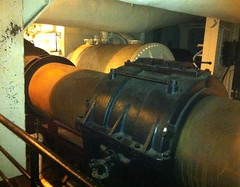 Queen Mary - engine room (ron.zima) Tags: our children for coach air free clean vehicles health carbon co2 asthma dioxide al macphee vicki change global warming climate expo green kids pat go air brian motor network clean dad childrens hockey ron industries robertson bowman uma idlefree zima idle macphee ziska gillis chato mci