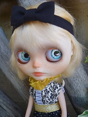 This is Glum Von Plum's new look in accordance with the Dolly Witness Protection Programme, New chippies and a new Do!!
