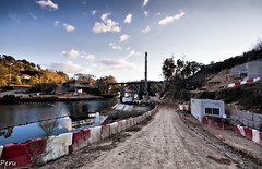 Destrozo (Perurena) Tags: rio river camino galicia ave pontevedra obras maquinaria altavelocidad destrozo riolerez