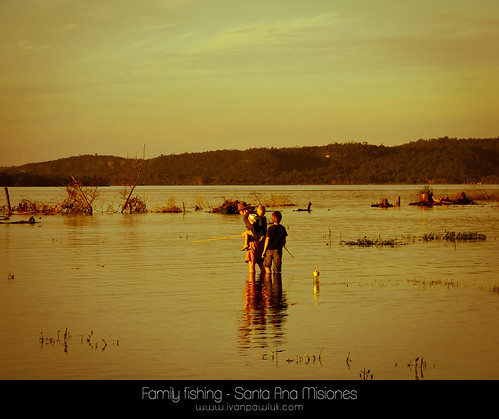 Family fishing - Santa Ana Misiones
