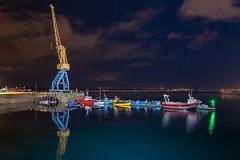 _LN11070 : plein pot sur les bateaux (Brestitude) Tags: city night port fishing ship crane flash brest bateau nuit ville grue elinchrom d700 rangerrx brestitude lemouillournevo