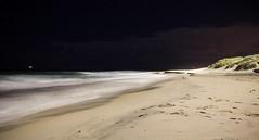 363.365 : Empty (mac.rj) Tags: sea sky beach night stars sand australia wa cottesloe