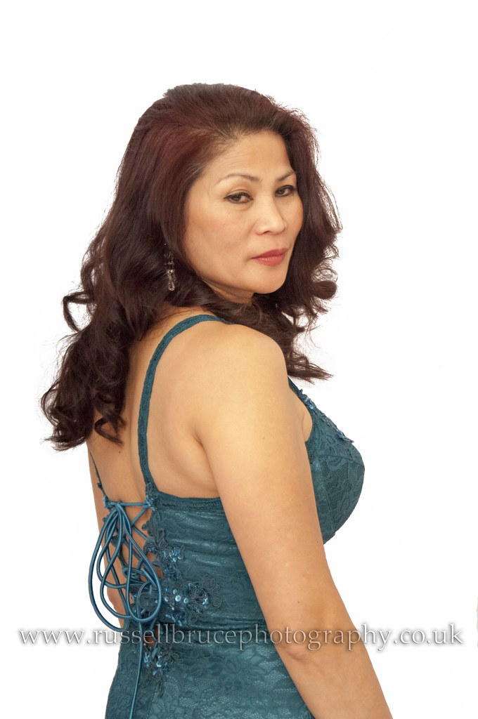 osprey milf women Women with large breasts: what backpack do you use my wife likes osprey packs in general and she is i for one am very disappointed with the mature responses.