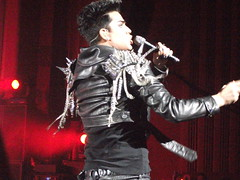 DSCF1870 (shootingdaggers) Tags: queen adamlambert july14th2012