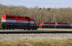 Red White & Blue (JayLev) Tags: gw peoria tpw eastpeoria railamerica