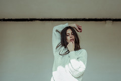 (Oona Smet) Tags: light portrait woman sun sunlight white green girl face pose hair photography sweater eyes soft ray hand place emotion expression room fingers mint location line indoors portraiture expressive els emotive oona