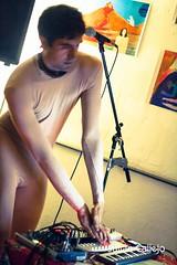 Usted (juliancallejor) Tags: madrid circo concierto livemusic performance electronic lavapis seor elmolar electrnica