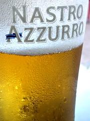 Azzurro (Peter Denton) Tags: venice italy beer europa europe italia peroni eu alcohol venise venezia birra venedig blueribbon nastroazzurro passengership passengerliner blueriband ssrex peterdenton