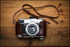 Kodak Retina Reflex (Lens Bubbles) Tags: camera vintage 50mm reflex kodak f2 retina schneiderkreuznach