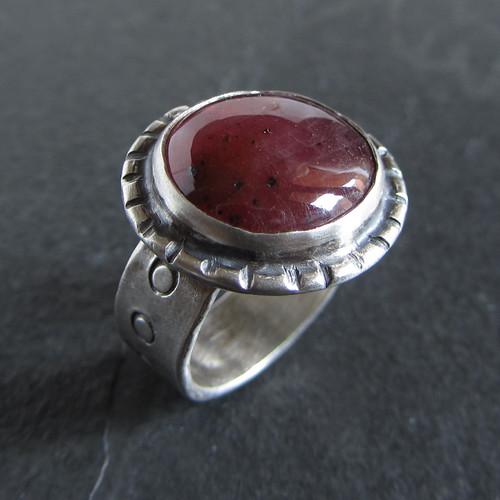 Ruby-ish ring