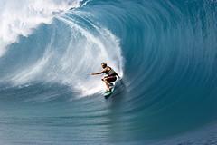 Laird Hamilton, Teahupo'o, Tahiti (John Rowe Photo) Tags: tahiti teahupoo surfing lairdhamilton laird wave bigwave bigwavesurfer bigwavesurfing blue green ocean largewave