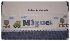 Toalha de Banho Miguel (*Sonhos e Retalhos Ateliê*) Tags: paisagem bebê patchwork menino carrinho letras tecido costura botões alfabeto patchcolagem toalhadebanho apliquê fontesparapatchcolagem
