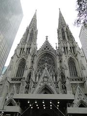 NYC. Cathédrale St Patrick. St Patrick's Cathedral. (fvib'r) Tags: nyc newyork architecture cathedral symmetry cathédrale symétrie