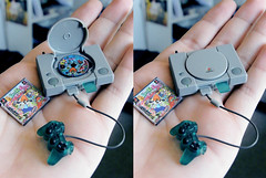mini PlayStation (-Sebastian Vargas-) Tags: chile game miniature sebastian cd sony juegos psx mini case ps1 videogame vargas playstation raper parappa videojuego consola 16bits 32bits cosmicolor