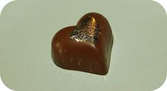 Chococo Chcoolate Selection (LotOChoc) Tags: almond chocolates selection caramel nut hazelnut dulcedeleche chocolatebox milkchocolate praline darkchocolate chococo chocolatereview