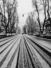 Gone ! (mBen Photo) Tags: street city urban bw italy panorama snow rome roma contrast strada italia mood streetphotography bn neve ricoh architettura bianconero citta città contrasto gr4 grd grd4 altraroma grdiv