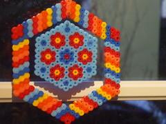 Blmchen (petuniad) Tags: beads hama perler prlplattor hamabeads perlerbeads strijkkralen bgelperlen buegelperlen