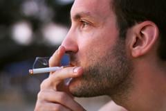 Duke (María Granados) Tags: 50mm smoke smoking f18