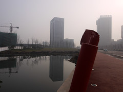 Ab ins Bro   (sring77) Tags: china  morgen spiegelung  changzhou dunst wujin   scienceeducationcity rdhub