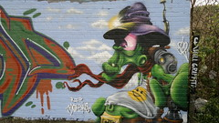galien..ok pic (HULL GRAFFITI) Tags: gay lookin graffiti cowboy alien dude hull ttk si2