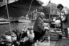 fresh vegetables (RedArt photographer) Tags: bw woman man contrast murano freshvegetables 123bw redartphoto