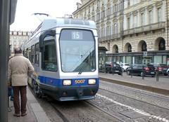 Linea 15 in Piazza Castello. (633massimo) Tags: torino tram gtt 5007 linea15