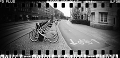 20160404-DSC_8739 (sarajoelsson) Tags: city urban blackandwhite bw panorama film monochrome 35mm gteborg march sweden gothenburg toycamera wideangle panoramic hp5 135 ilford everydaylife 2016 plasticlens filmphotography sprocketholes filmisnotdead filmshooter teamframkallning sprocketrocket believeinfilm digitizedwithdslr