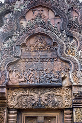 Amazing Banteay Srei pediment (tmeallen) Tags: cambodia culture indra krishna stonecarvings hindutemple naga banteaysrei arjuna redsandstone 10thcentury eastpediment hindumythology makingrain threeheadedelephant northlibrary 7headedsnake