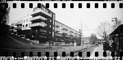 20160404-DSC_8726 (sarajoelsson) Tags: city urban blackandwhite bw panorama film monochrome 35mm gteborg march sweden gothenburg toycamera wideangle panoramic hp5 135 ilford everydaylife 2016 plasticlens filmphotography sprocketholes filmisnotdead filmshooter teamframkallning sprocketrocket believeinfilm digitizedwithdslr