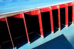 Niente privacy (meghimeg) Tags: blue shadow red sea sun rot azul mare blu ombra huts sole rosso azzurro royo cabine bordighera 2016 allaperto encarnado