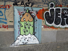 Let it snow again ! (ǝɹpɹoʇǝɹɐןıɥd) Tags: brussels streetart pencils graffiti belgium belgique tag belgië bruxelles graph crayons crayon brussel potlood créons
