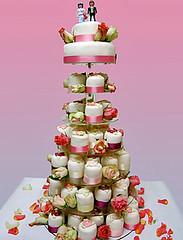 Hochzeitstorte Minicakes (cakeandmore) Tags: muffins cupcakes ...