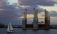 Board a sailing boat and flees (danimartin.info) Tags: city port puerto islands boat barco sailing ciudad canarias tenerife canary vela islas duelos