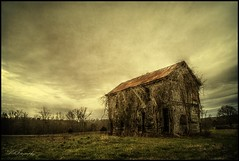 Cartecay House (dsfdawg) Tags: old abandoned home clouds rural ga dark georgia was vines rust decay south country rustic historic haunted creepy southern forgotten plantation once mansion exploration hdr highdynamicrange dilapidated urbex cartecay oldsouth dsfotography dsfdawg