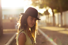 Juliana. (Franco Rostan | Fotografa) Tags: new light summer portrait sky orange naturaleza sun color macro reflection verde green art love primavera luz nature argentina colors girl yellow lady photography luces photo google nikon flickr day foto dof photos bokeh retrato top live colores explore amarillo reflejo contraste perspectiva jpg 365 proyect geo da naranja nueva fotgrafo franco week14 2012 brillo fotografa cmara pring encuadre day365 enfoque nitidez mar16 rostan i365 proyect365 proyecto365 load16 d3100 nikond3100 francorostan load365 proyecto180