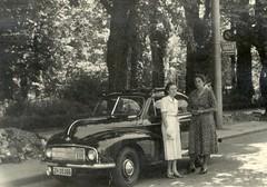 Morris Minor in 1949 (orangevolvobusdriver4u) Tags: ladies bw classic lady vintage schweiz switzerland zurich morrisminor morris zürich minor schwarzweiss 1949 40s 40er 40erjahre archiv0000