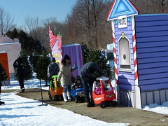 Tots Miniature Car Circuit, Fte des neiges, Parc Jean Drapeau, Panasonic FZ150, Montral, 5 February 2012  (16) (proacguy1) Tags: montral panasonic parcjeandrapeau ftedesneiges fz150 panasonicfz150 5february2012 totsminiaturecarcircuit