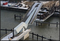 2012-02-08 Rotterdam - Opening Rijnhavenbrug - 21 (Topaas) Tags: rotterdam rijnhaven rijnhavenbrug sonya77 sonyslta77 sonyslta77v openingrijnhavenbrug