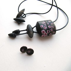 Sakuro Inro box and Mini Sakura earrings (KatchaT Katerina Tumova) Tags: pink white black flower cherry gold beads box decoration jewelry jewellery fimo clay bead sakura earrings pendant kato cernit pendants polymer premo neckwear katcha millefiory inro katchat