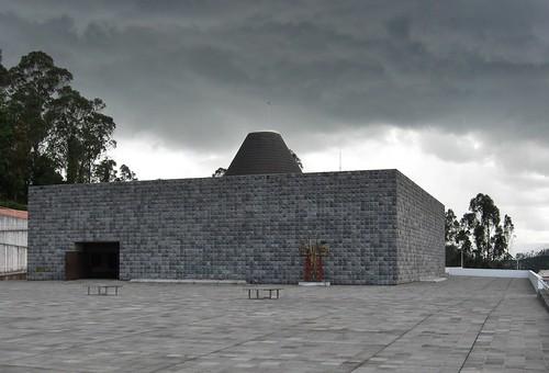Thumbnail from Fundación Guayasamín