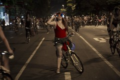 World Naked Bike Ride Sao Paulo 2012_51 (Mikael Colville-Andersen) Tags: street brazil fashion bike bicycle brasil photography cycling blog photographie saopaulo strasse streetphotography brasilien bici chic rue mode fahrrad vlo sykkel