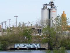 werm roller (httpill) Tags: streetart chicago art graffiti tag graf httpill