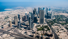 Arab Emirates 131030 09_16_56 (Renzo Ottaviano) Tags: tower dubai united emirates khalifa arab lorenzo emirate uniti renzo unis arabi burj برج emirati unidos خليفة árabes arabes ottaviano emiratos emirados vereinigte arabische emiratiarabiuniti émirats
