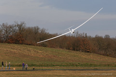 Glider low pass (gc232) Tags: from light sunset plane canon airplane fly flying is spring airport live aviation low flight pass landing deck l soaring gliding glider runway 70200 f4 pilot pilots airfield 6d 70200mm avgeek golfcharlie232