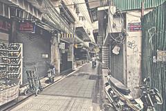 Chinatown (Hiro.everything) Tags: portrait shop canon thailand eos chinatown bangkok bkk
