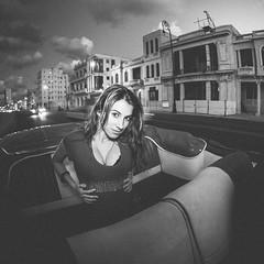 Glamour (Luis Montemayor) Tags: street sunset woman sexy girl atardecer mujer model chica boobs havana cuba modelo habana bubis
