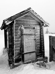 Mountain shelter (jantonio.lis) Tags: bw nature photo iphoto fotografia shelter ifotography jantoniolis